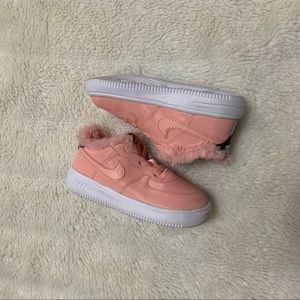 Nike Air Force 1 valentine edition